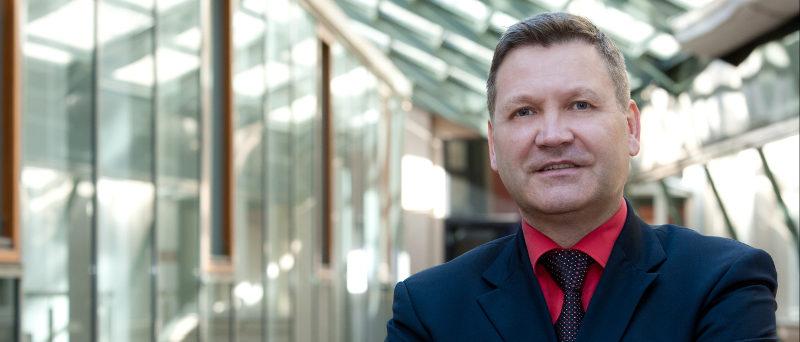 Portraitfoto Dirk Neumann